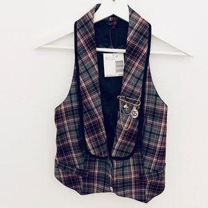 NEW G by Guess Vivian Plaid Vest, Red Multi